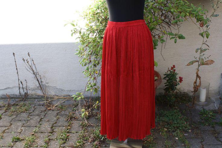 Vintage Kleider - Vintage Mode Plissee Rock rot Seide - ein Designerstück von…