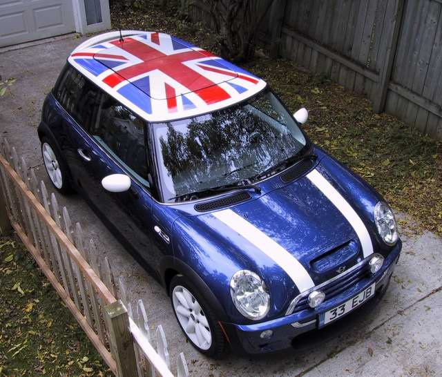 i 39 m tempted to get a union jack decal for the roof of isi the mini but then i 39 d need stripes. Black Bedroom Furniture Sets. Home Design Ideas