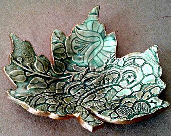 Ceramic Leaf Trinket Dish Malachite green with gold by dgordon                                                                                                                                                                                 Mais