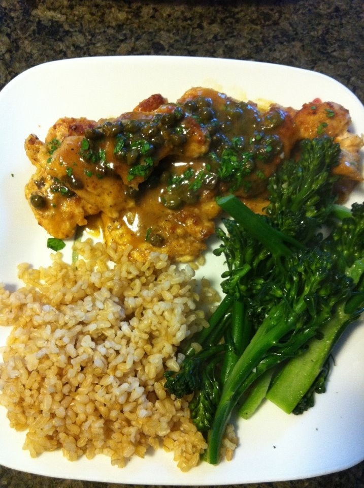 Chicken with lemon and caper sauce, brown rice and broccolini