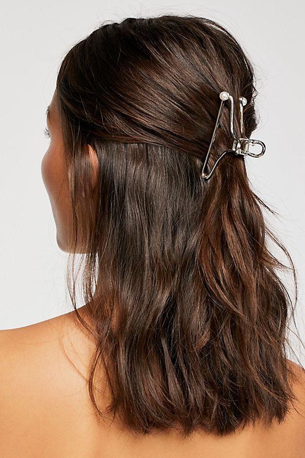 Simple Metal Claw Long Hair Styles Metallic Hair Hair Styles
