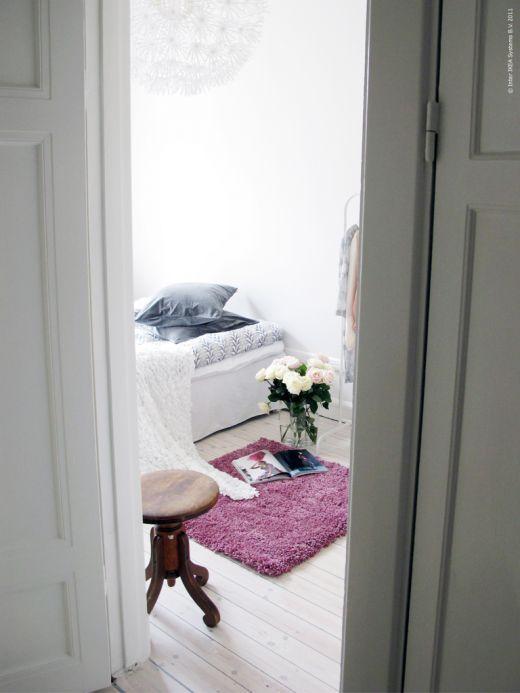 Daily Dream Decor: white bedroomPretty Purple, Inspiration Dreams, En Pause, From Ikea, White Bedrooms, För Ikea, Daily Dreams, Bedrooms Decor, Dreams Decor