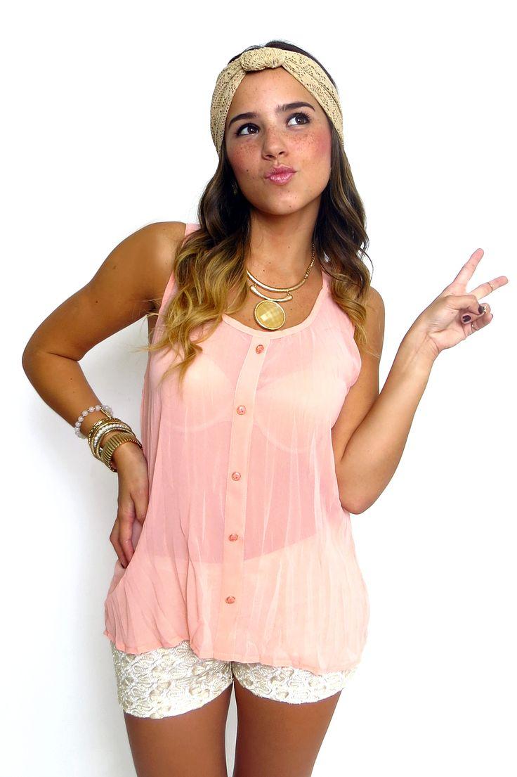 Blusa manga chiffon rosa vieja y short beige de encaje. ZOCCA'S NEW COLLECTION !!! Encuentranos en nuestra tienda en linea . Ingresa a www.zocca.com.co . #clothing #fashion #eshop #tiendaenlinea #blusamangasisa #blusarosavieja #blusachiffonrosa #blusarosada #shortbeige #shortencaje