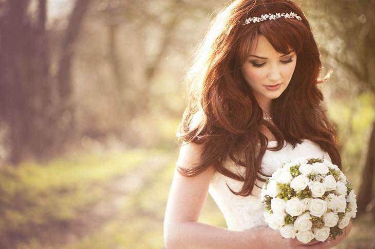 Свадебные прически с челкой - 116 фото на средние и длинные волосы