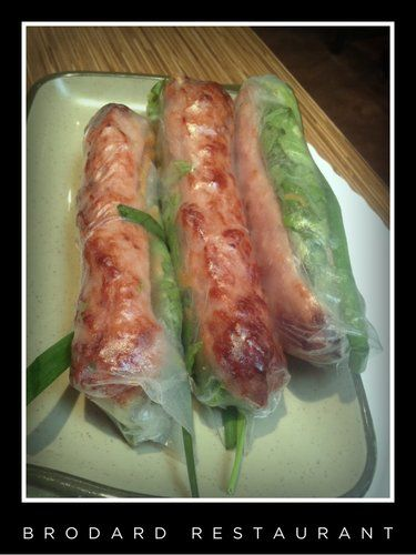 Yummy Vietnamese springs rolls in the Garden Grove, CA. The sauce is amazing!