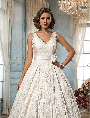 Wedding Dress A Line Court Train Lace Scalloped Edge V Neck With Appliques – USD $ 199.99