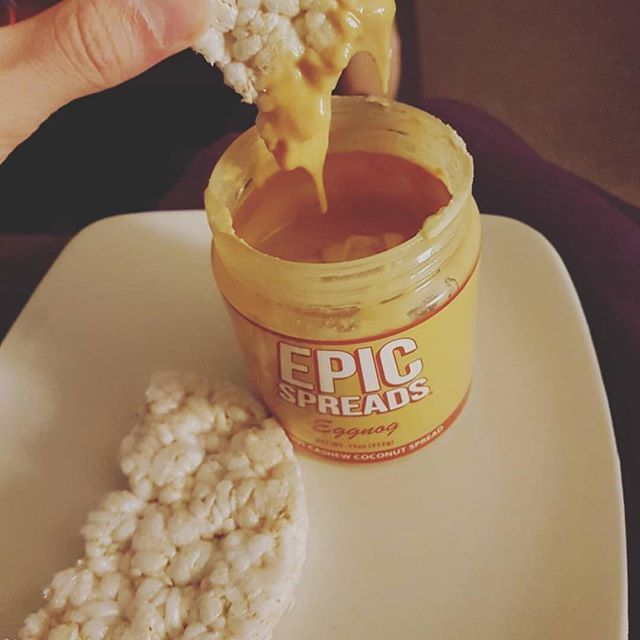 Have you tried our Spreads with rice cakes? It's on of my favorite snacks Made by @nicole_pringle Free US 🇺🇸 shipping ✈️📦 Follow on snapchat 👻 EpicSpreads #epicspreads #epicspreadsuk #teamepic #spreadcity #spreads #peanutbutter #peanutbuttergains #gains#pb #pbj #nutbutter #nutbutteraddict #ruaware #aesthetics #iifym #macros #cleaneating #fitness #healthy #5percenter #5percentnutrition #whateverittakes #protein #yummy #ukfitfam #eggnog #ricecakes