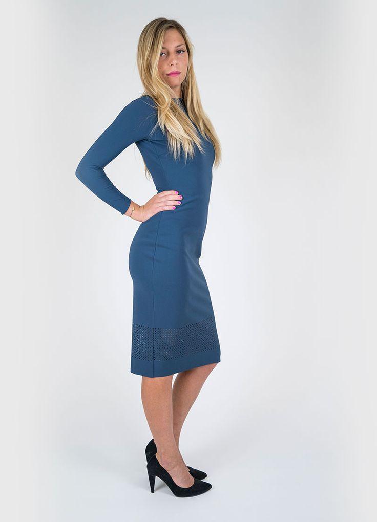 Colore: blu artico Tubino in tessuto jersey stretch. Tinta unita, scollo a…