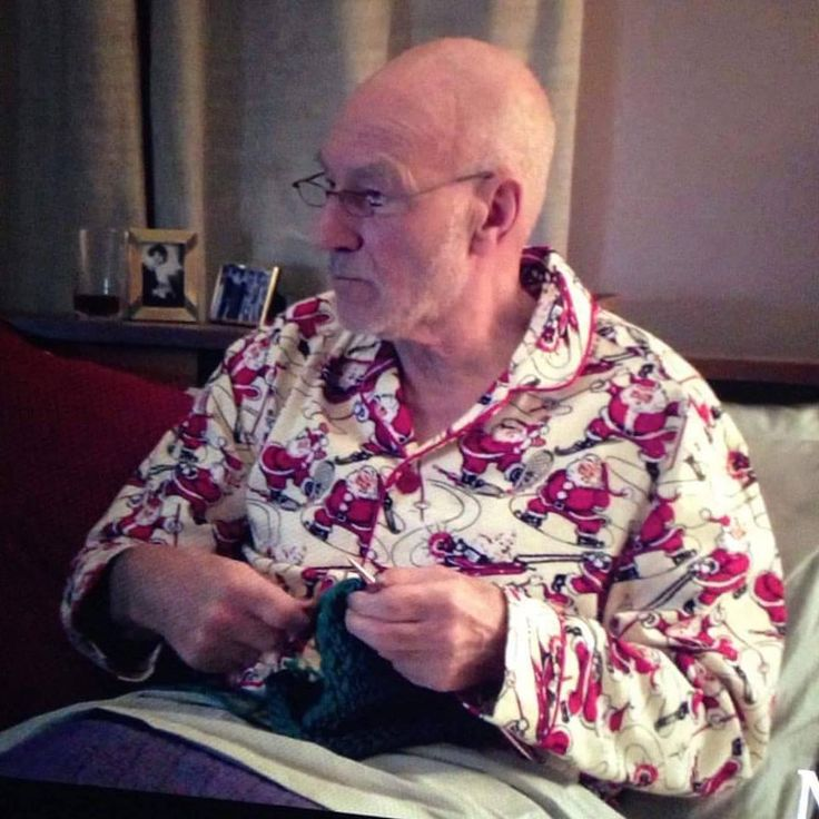 Something to make your Thursday a little brighter. Sir Patrick Stewart. Knitting. In Santa jammies. You're welcome.