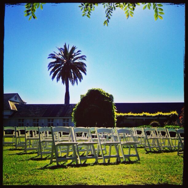 Glorious summer morning for an outdoor wedding ceremony at Chateau Yering Historic House & Gardens in the Yarra Valley.  We used our White Americana Folding Chairs