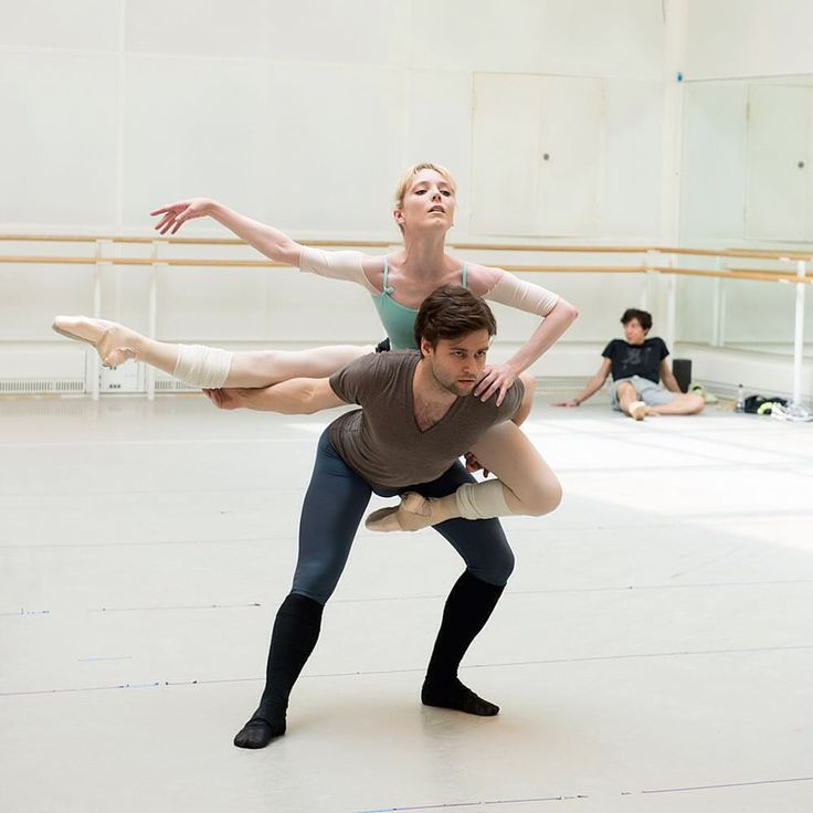 Sarah Lamb and Alexander Campbell rehearsing Connectome - Royal Ballet