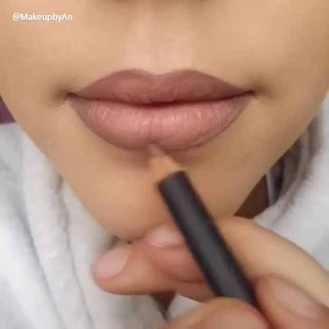 """Perfect lips by @makeupbyan using @anastasiabeverlyhills lip stain in ""pure Hollywood "" and MAC lip liner in ""stone""…"""