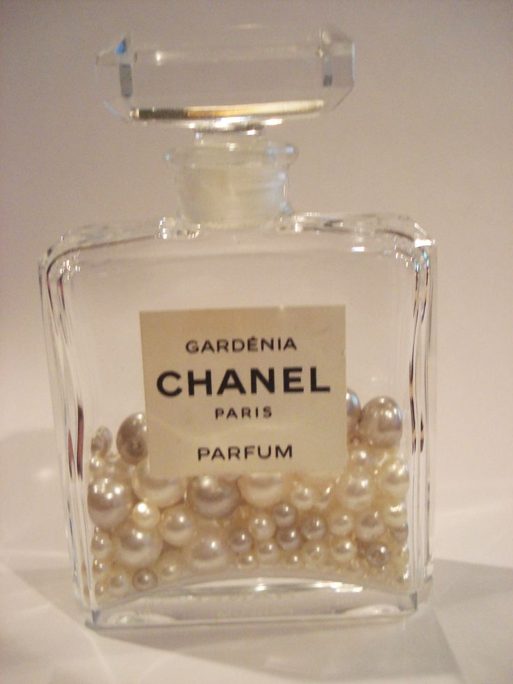 Using old parfum bottles to store things - cool