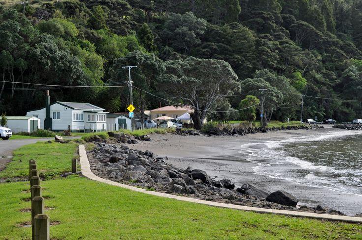 Beach side baches, Little Huia