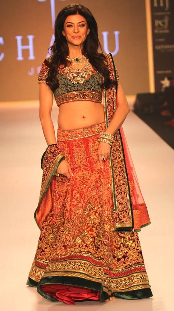 Sushmita Sen on day 3 of the India International Jewellery Week 2013. #Bollywood #Fashion