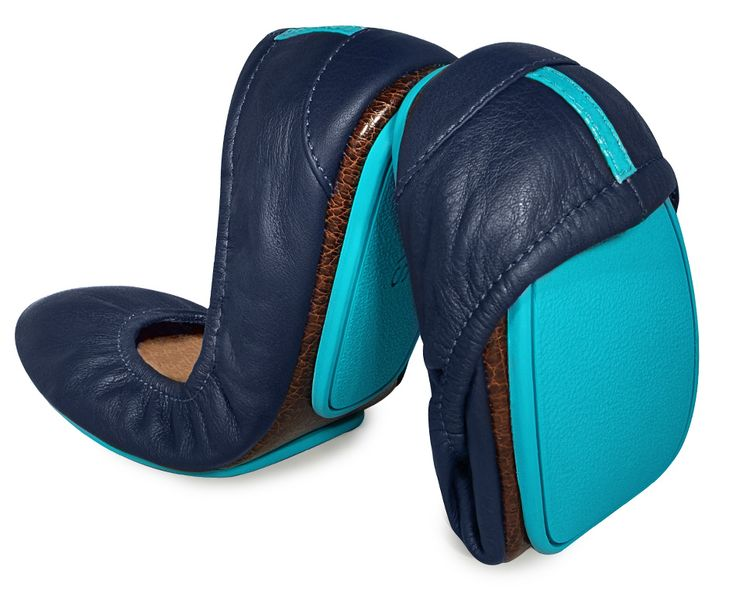 Just discovered these shoes! I already know i need some! waiting for a sale! California Navy