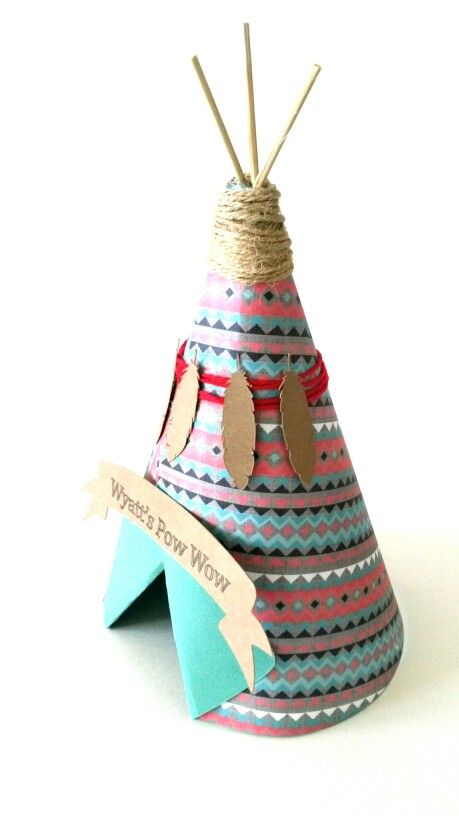 Teepee centerpieces I made today ♡ www.papalotes.etsy.com ...