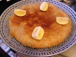 Visbastilla, filodeeg gevuld met een vulling van vis en mihoen-Hoofdgerecht-Tajine.NL Recepten, video, koekjes, couscous, harira, Tajine