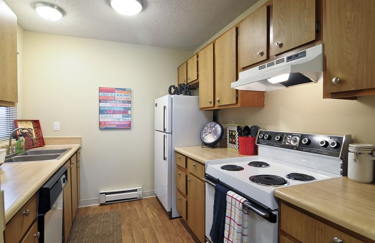 Invite your friends & family over to entertain in this apartment #kitchen! The Habitat at #Fort Collins is a pet-friendly community so invite your four legged friends too.