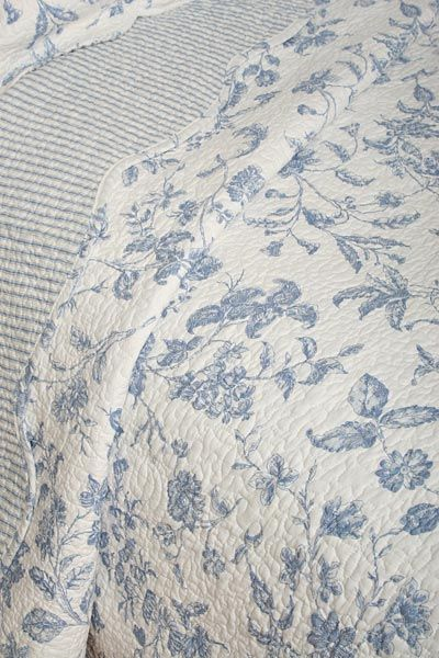 Brighton Blue Toile French Country Quilt detail Brighton Blue Toile ...