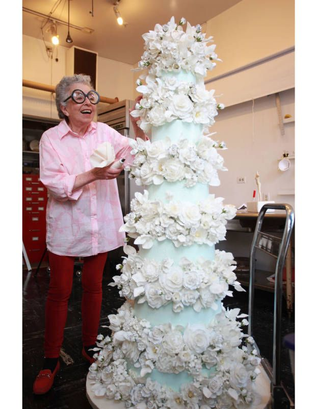 Wedding cake legend Sylvia Weinstock talks to T&C about all things cake!