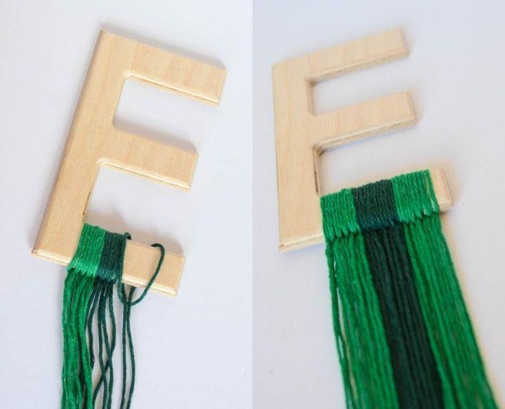 Dekorative Holzbuchstaben mit Fransen aus Garn verzieren