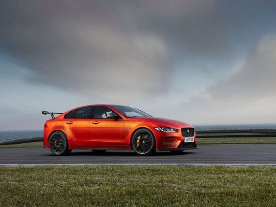 Седан Jaguar XE SV Project 8 2018 / Ягуар ХЕ SV Project 8 2018