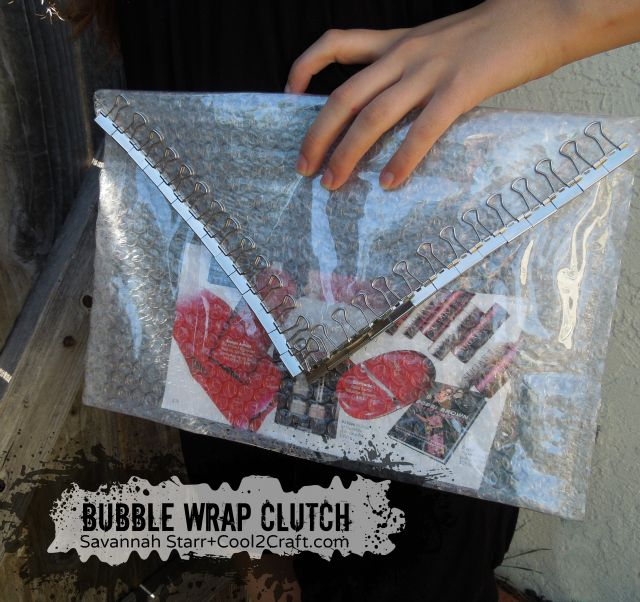 Bubble Wrap Clear Clutch by Savannah Starr - featured on www.cool2craft.com.