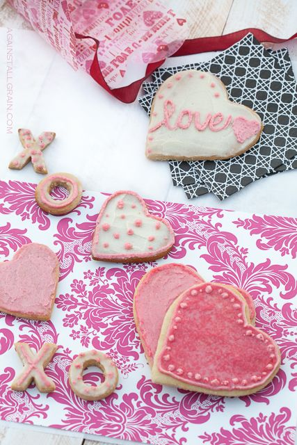 Don't forget your grain-free loved ones tomorrow! Make them a batch of these cut-out cookies #paleo