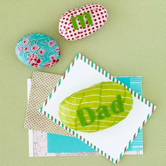 Personalized PaperweightsFathers Day Crafts, Paper Weights, Embellishments Fabrics, Rocks Paperweight, Fabrics Scrap, Personalized Paperweight, Christmas Gift, Fabric Scraps, Letters Stickers