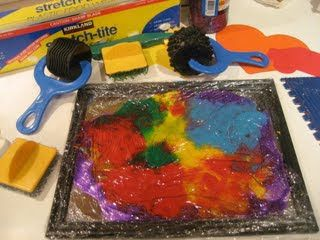 8 Art Ideas for Kids with Special Needs From an Art Therapist LINK - http://www.lovethatmax.com/2011/11/art-ideas-for-kids-with-special-needs.html