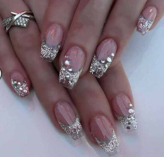 340 Best Nails Glitter Sequins And Rhinestones Nails Oh My Images On Pinterest Cute Nails