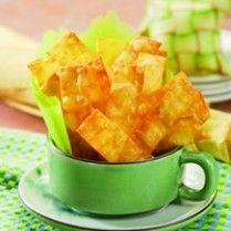 KUE KERING BAWANG KEJU http://www.sajiansedap.com/recipe/detail/7328/kue-kering-bawang-keju