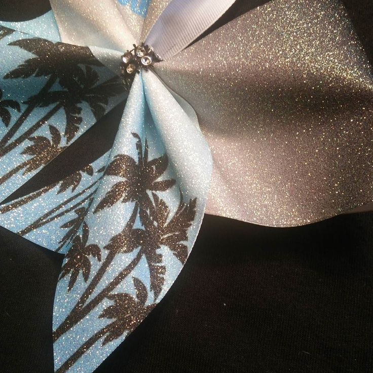 Just a glimpse ;). #bows #cheerbows #cheerleading #palmtrees #cheercamp #sassytimebows