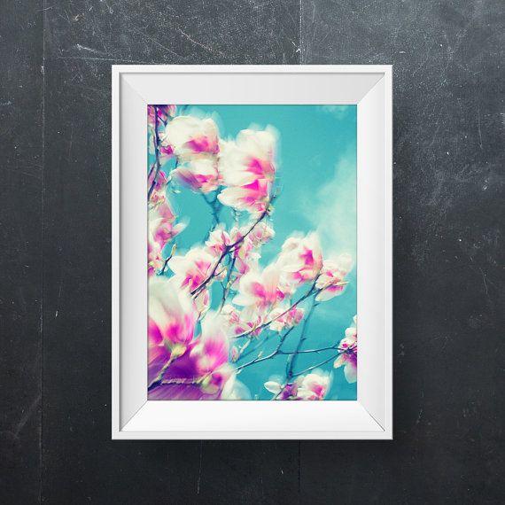 Magnolia / Spring flower photography / Nature photography / Fine art photograph / Wall decor / Home decor wall art print