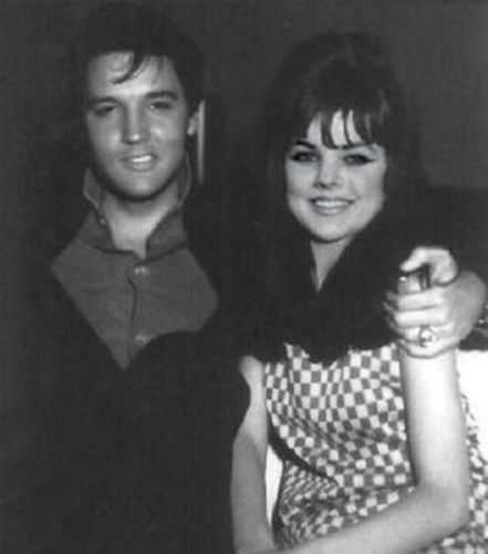 This is a photo shopped pic of Elvis and Priscilla   - this was Elvis with Shelley Fabraes