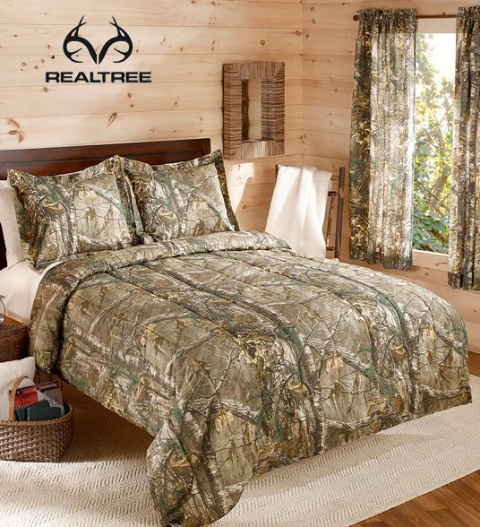 Captivating Realtree Xtra Camouflage Boys Hunting Cabin Queen Comforter U0026 1 Window  Curtain Set Bring The Outdoors To Your Bedroom With This Real Tree Xtra  Bedding