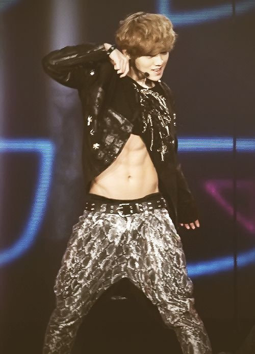 abs are here <3 go my deer <3