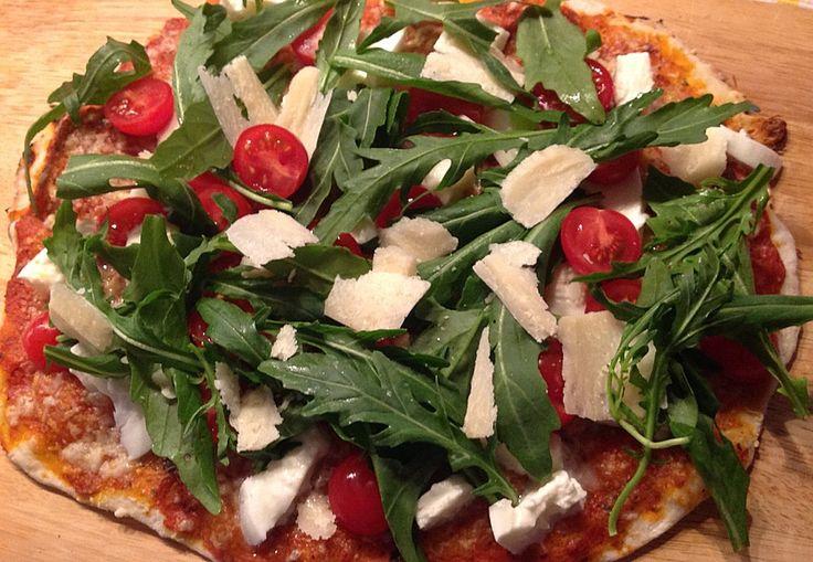 Rucola - Pizza mit Parmaschinken 1