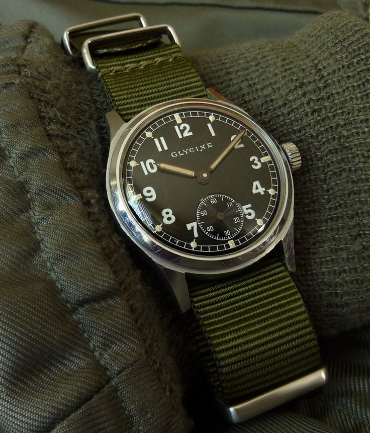WWII Glycine German army issue, AS1130 movement: As1130 Movement, Army Issues, Bund As1130, German Army, Drool Worthi Articles, Glycin, Watches, Army Style, German Bund