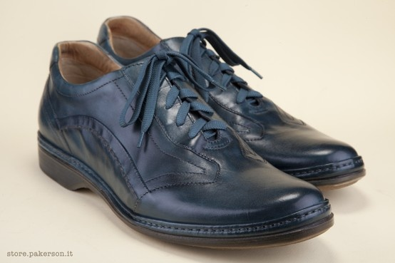 The leather sole and soft leather lining take good care of the foot. - La suola in cuoio e la fodera in pelle si prendono cura del vostro piede. http://store.pakerson.it/man-lace-up-shoes-16001-pike.html