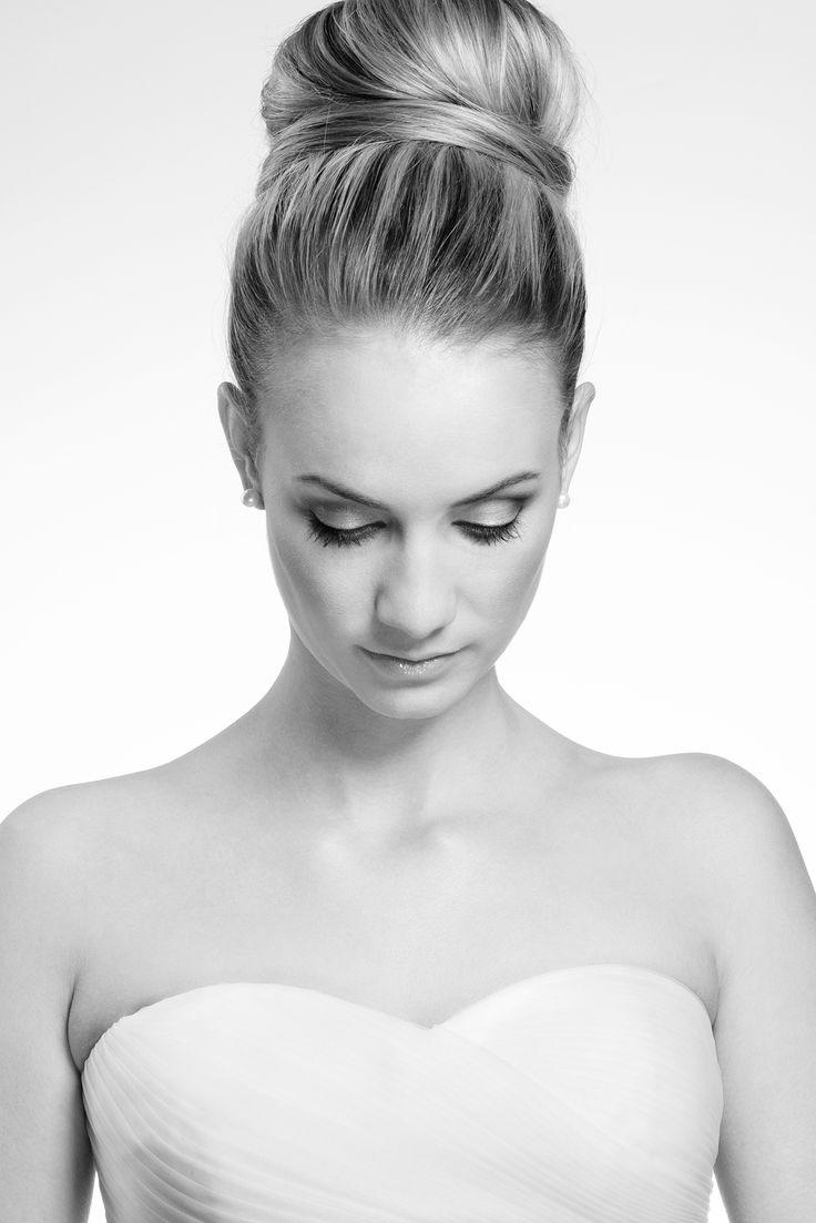 Styled Bridal Shoot : Johannesburg Makeup artist Nicole Amory www.nicoleamorymakeup.co.za  Bronwyn GreefPhotography