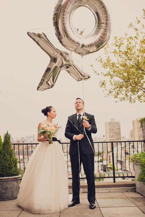 brooklyn wedding by dove sparrow photography sparrow photographygiant balloonssilver