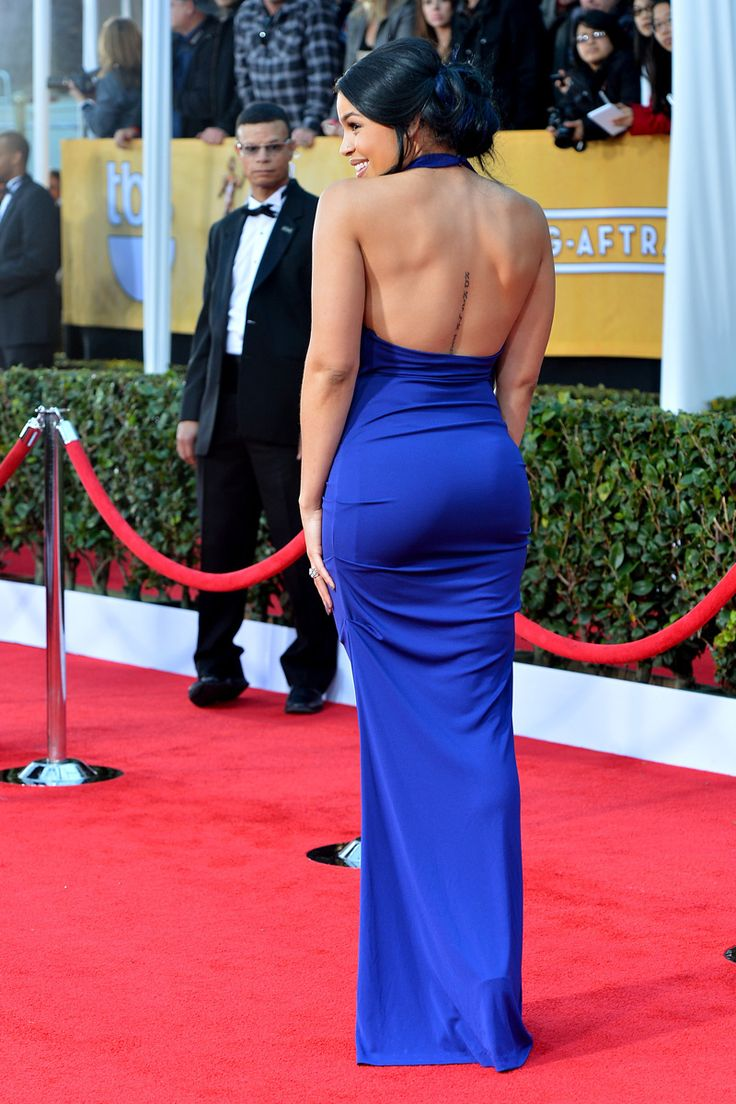Jordin Sparks, con un ajustadísimo vestido azul