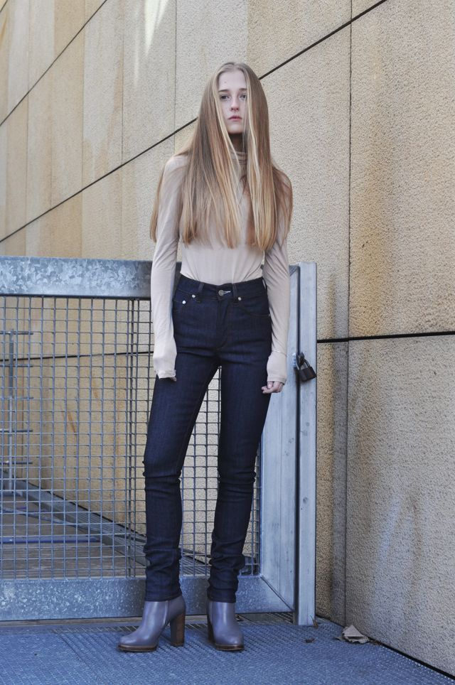 http://movesfashion.com/ / acne jeans