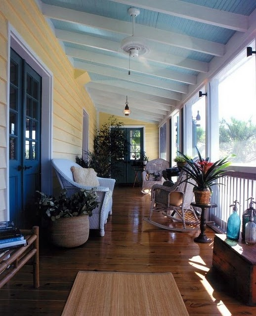 yellow house what color for porch floors | Blue porch ceilings, they are beautiful !