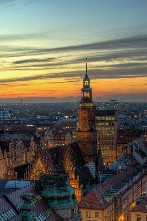 Town hall in Wrocław by Darek  on 500px