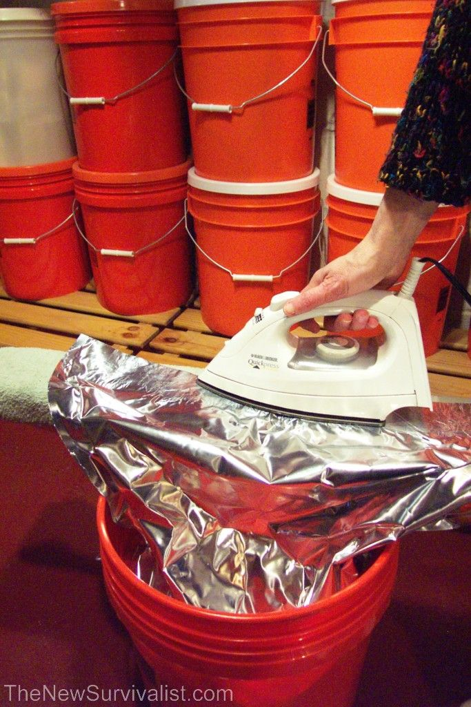 How to store food in mylar bags for long-term. Includes how to store and…