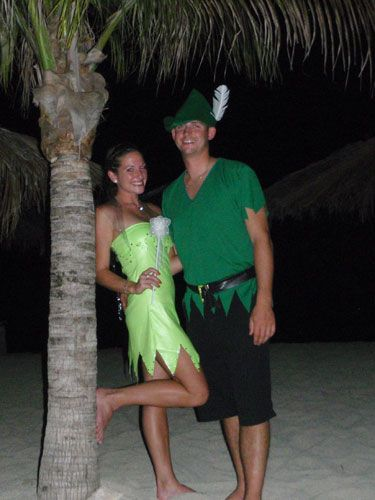 Halloween Costume Ideas For Couples Tinkerbell and Peter Pan