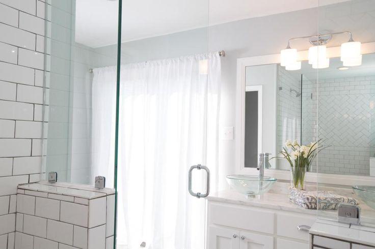Elegant Every Fixer Upper Inspired Farmhouse Bathroom Needs Farmhouse Bathroom